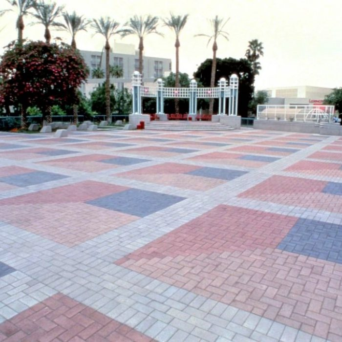 CEMENT BOND PAVING PROMENADE PATTERN