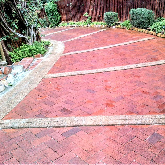 GARDEN EDGING AGGREGATE PAVERS